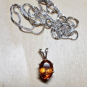 Jewelry - Mesmerizing  dragonfly topaz pendant and chain